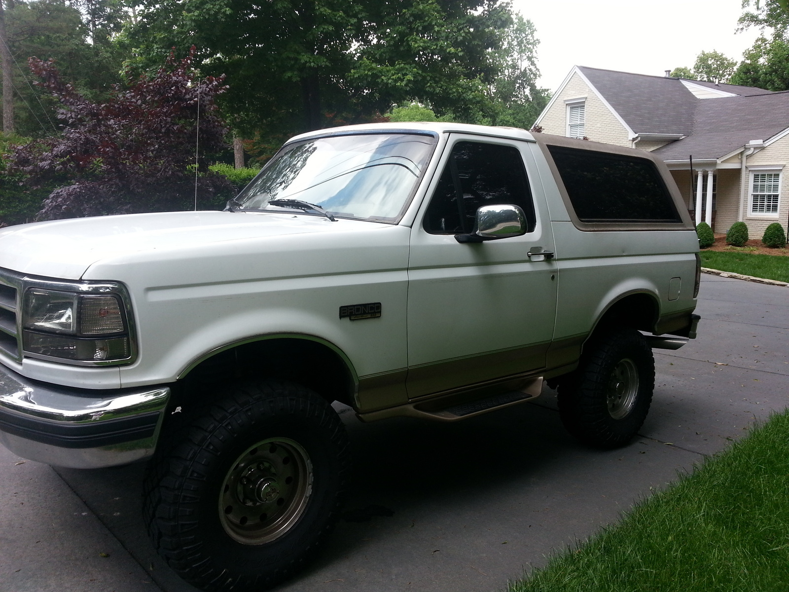 Used 1967 ford bronco sale for Bronco motors used cars