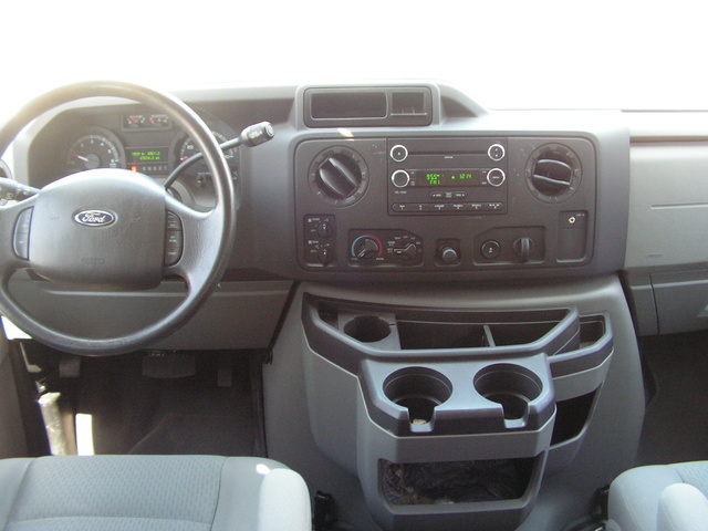 Picture of 2009 Ford E-Series Wagon E-350 XLT Super Duty, interior, gallery_worthy