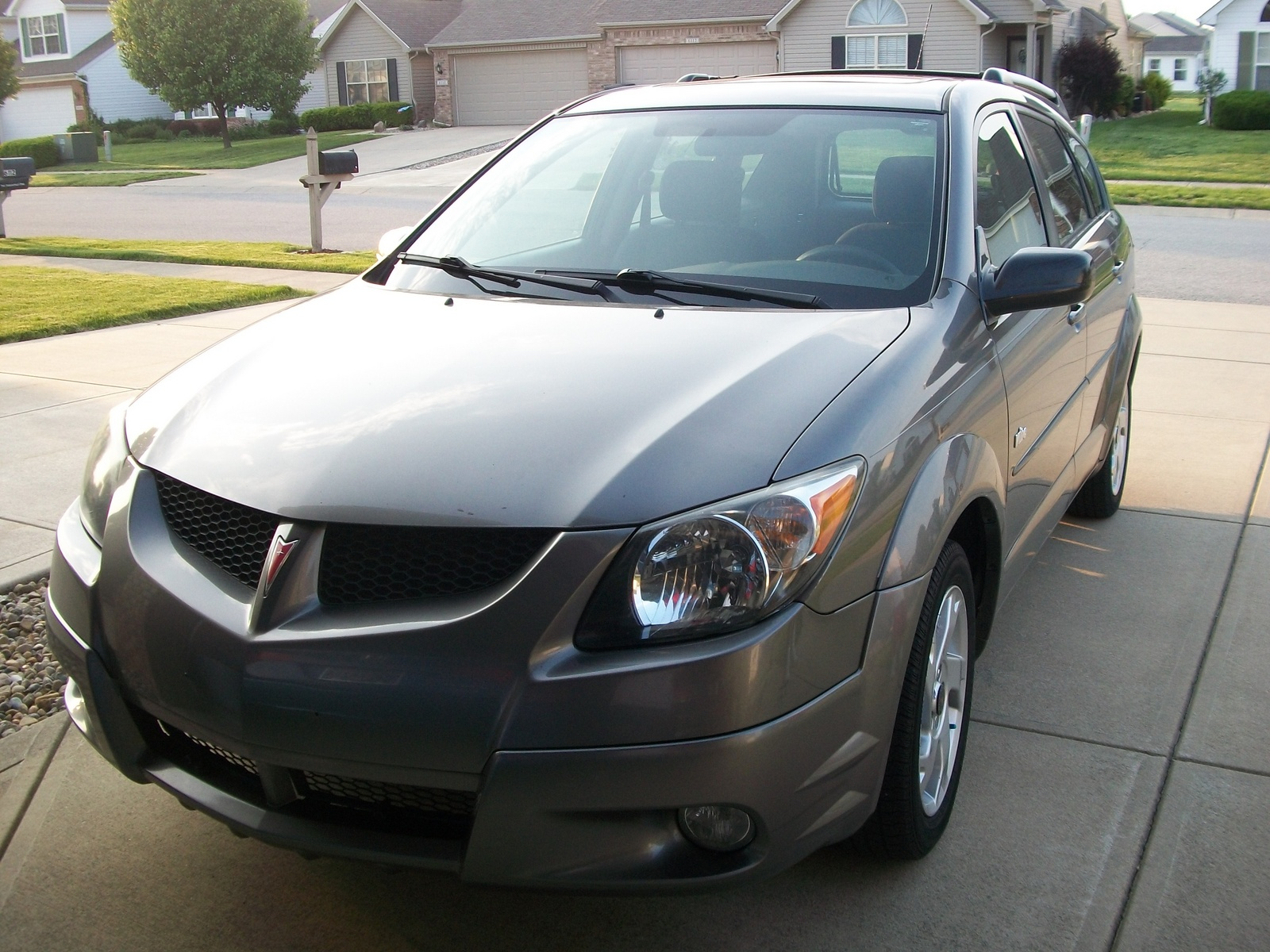 2003 pontiac vibe exterior pictures cargurus. Black Bedroom Furniture Sets. Home Design Ideas