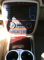 Picture of 2006 Mercedes-Benz R-Class R350 4MATIC, interior