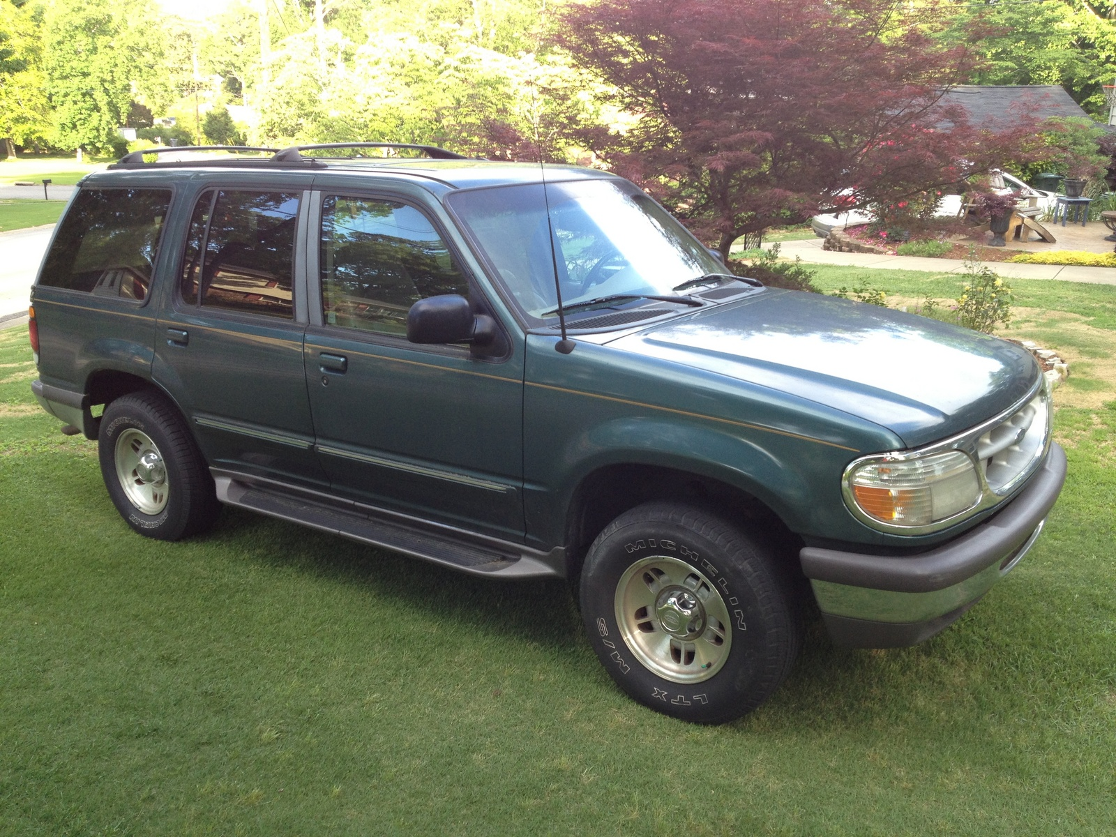1997 ford explorer specs specifications. Black Bedroom Furniture Sets. Home Design Ideas