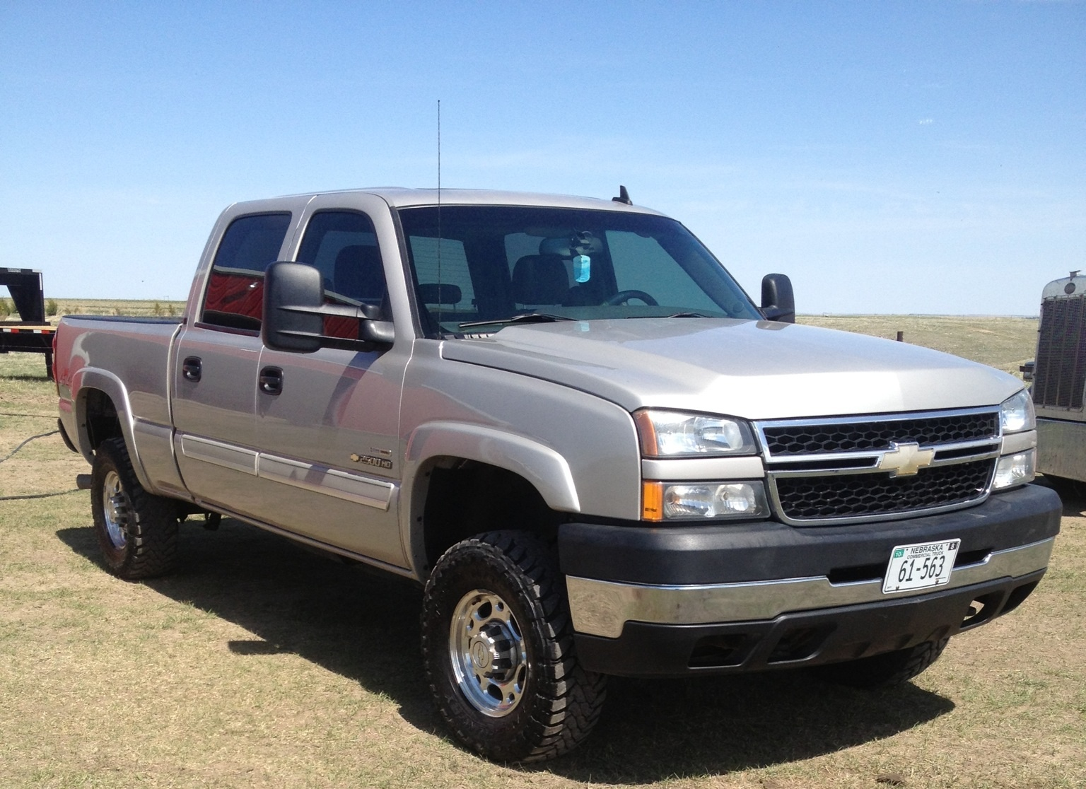 picture of 2006 chevrolet silverado 2500hd lt2 4dr crew cab 4wd sb. Cars Review. Best American Auto & Cars Review