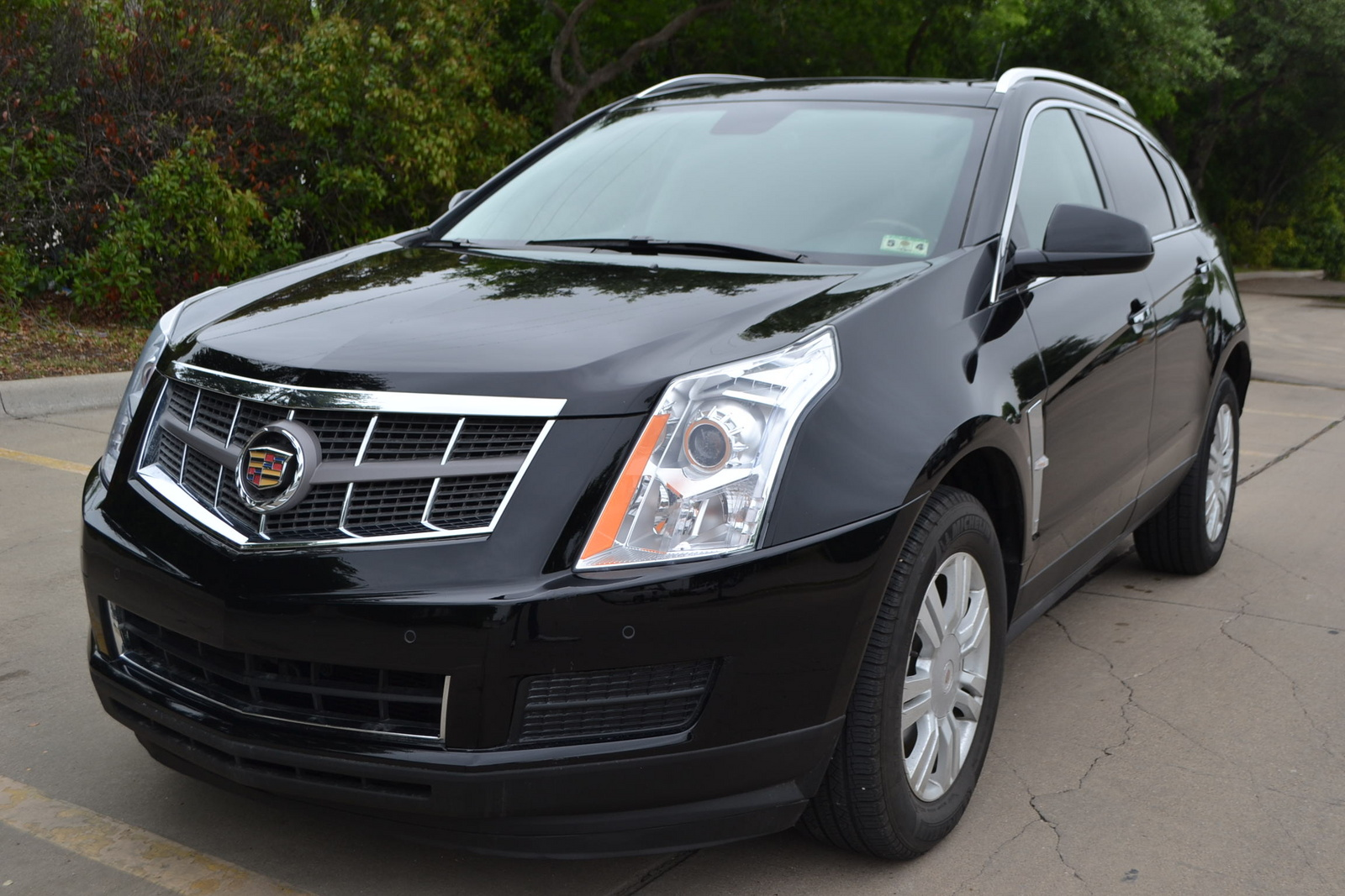 2010 cadillac srx pictures cargurus. Black Bedroom Furniture Sets. Home Design Ideas