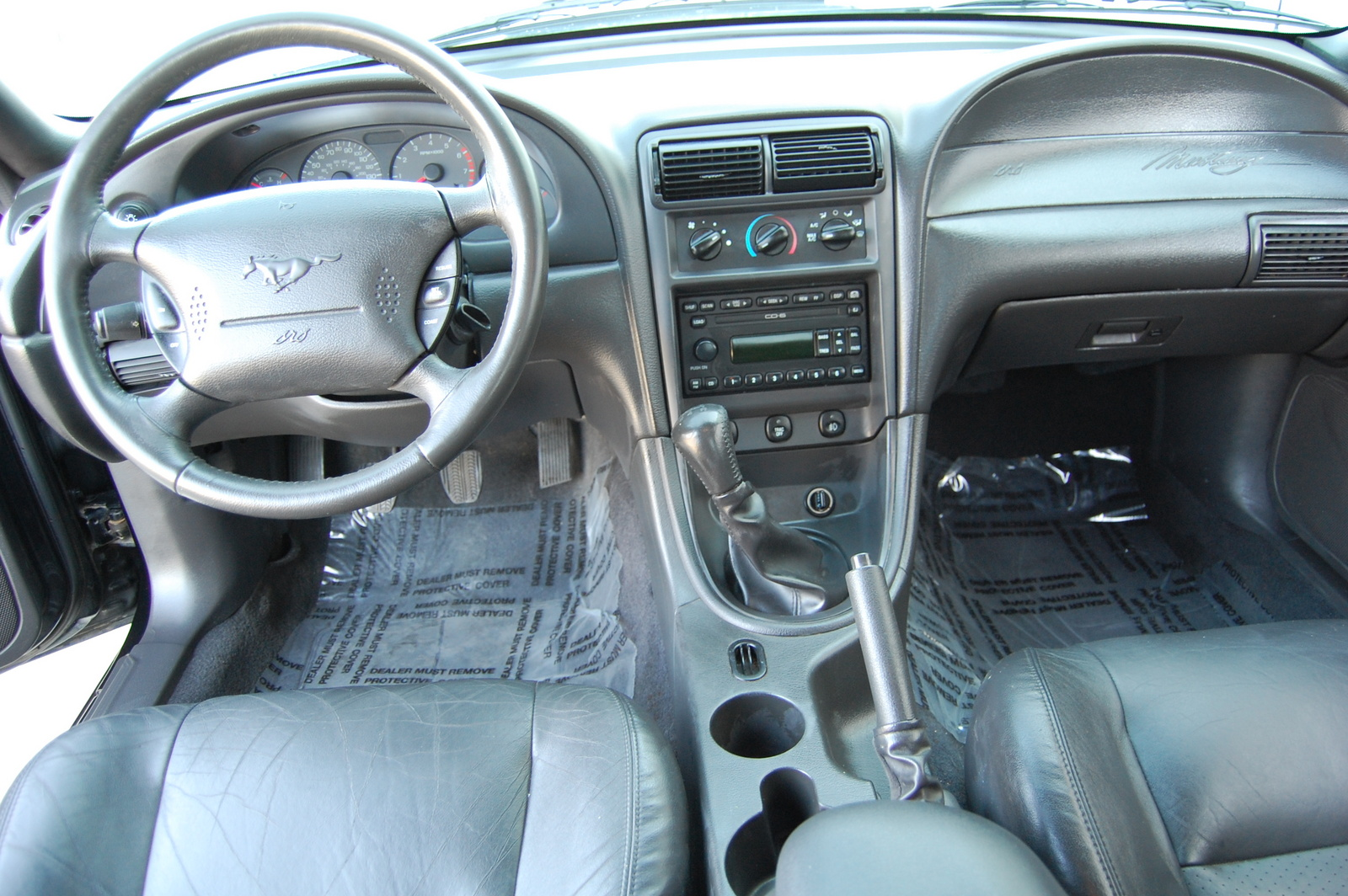 2001 Ford Mustang - Interior Pictures - CarGurus