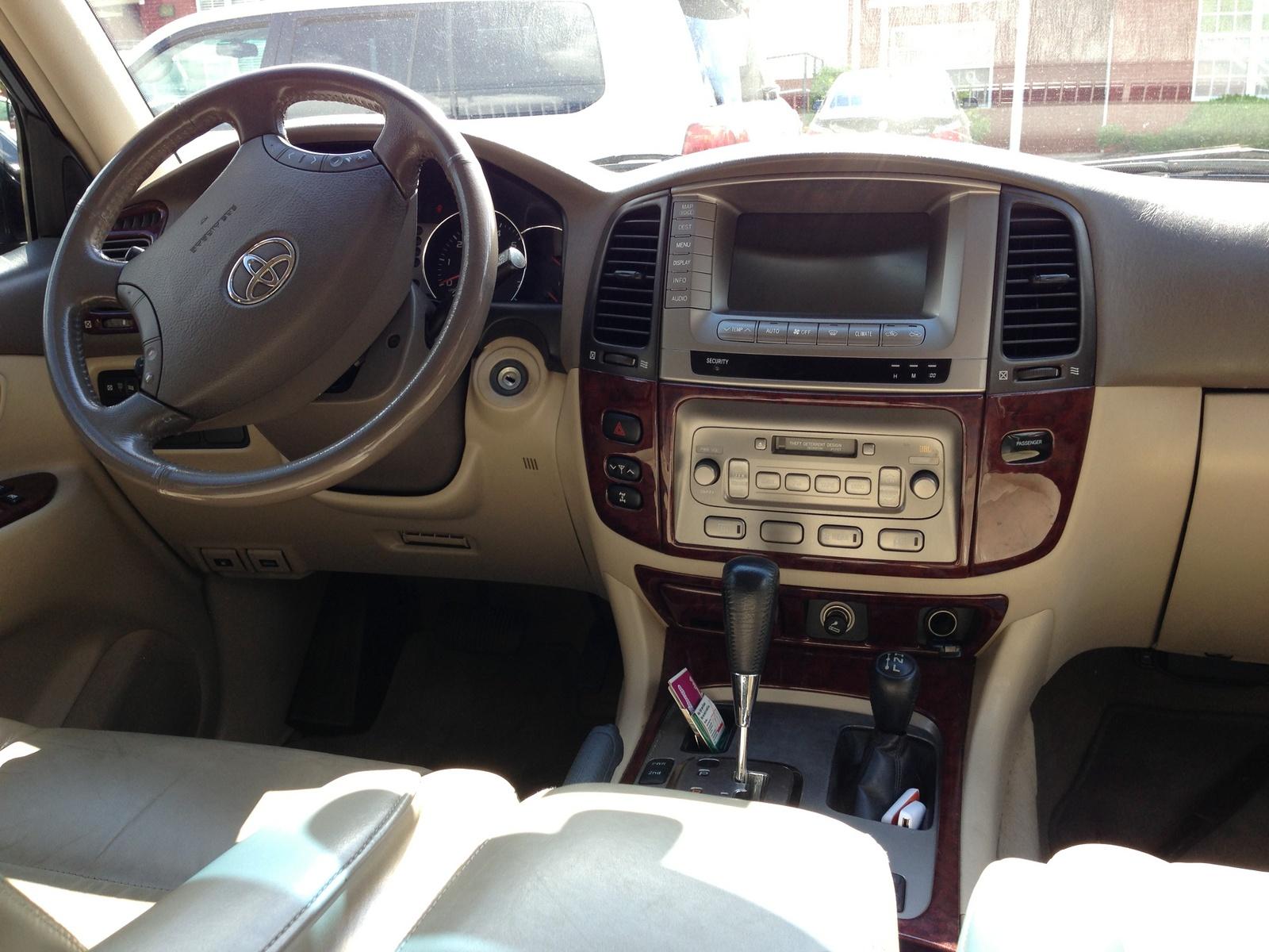Toyota Tazz Interior P...