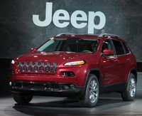 2014 Jeep Cherokee, Front-quarter view, exterior, manufacturer, gallery_worthy