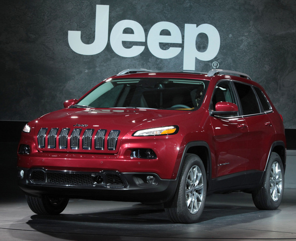 2014 Jeep Cherokee, Front-quarter view, exterior, manufacturer