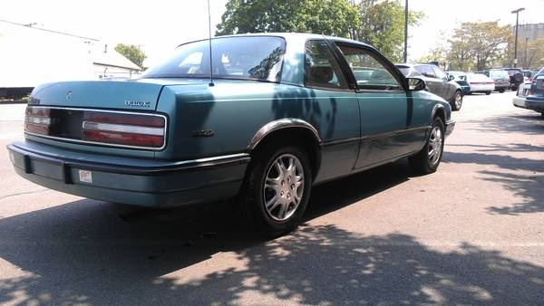 Picture of 1993 Buick Regal 2 Dr Custom Coupe