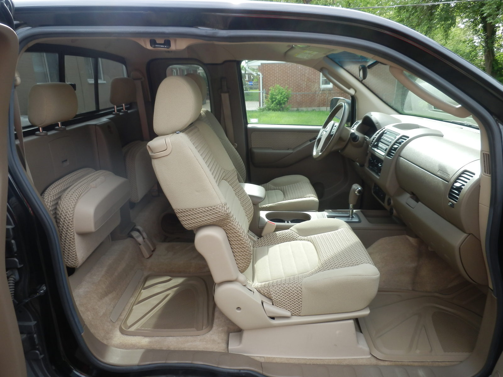 2004 nissan frontier king cab interior picture of 2005. Black Bedroom Furniture Sets. Home Design Ideas