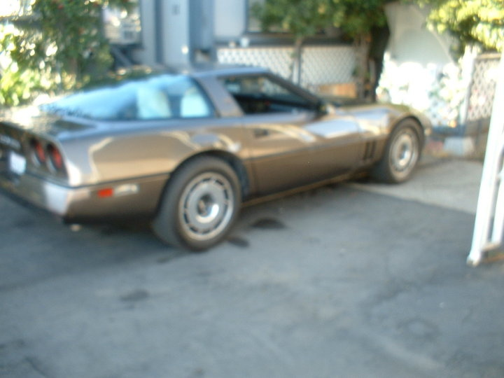 Chevrolet Corvette Questions - I own a 84 C4 Corvette 350