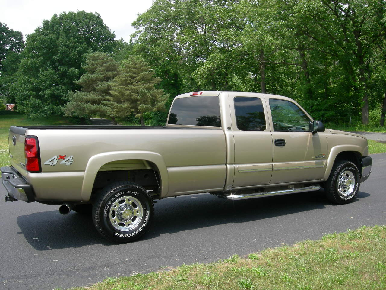 2004 chevrolet silverado 2500hd pictures cargurus. Black Bedroom Furniture Sets. Home Design Ideas