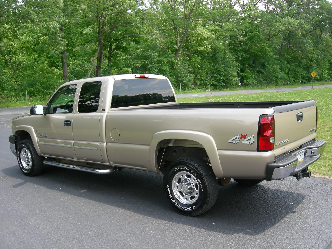 picture of 2004 chevrolet silverado 2500hd 4 dr lt 4wd extended cab lb. Cars Review. Best American Auto & Cars Review