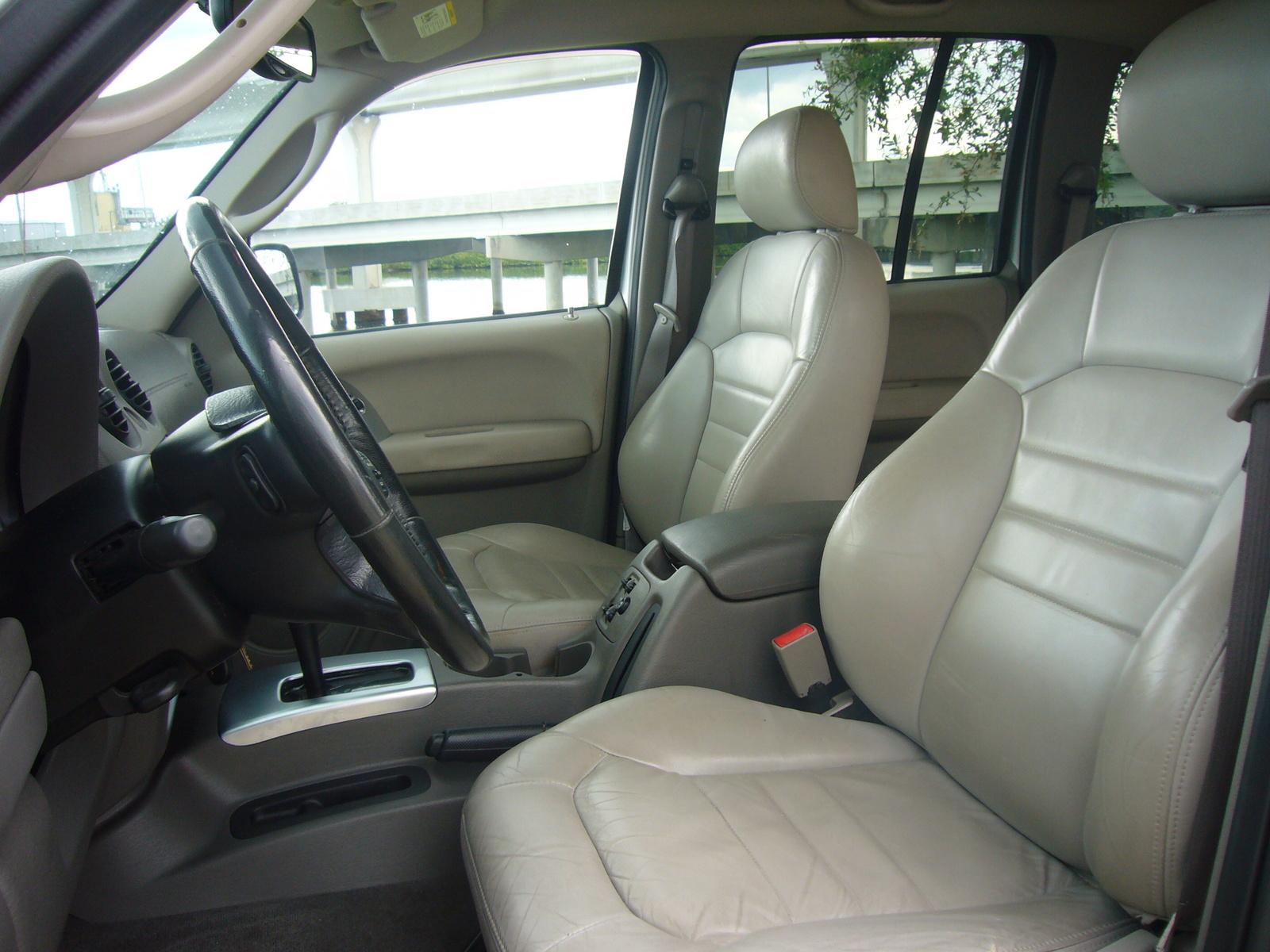 2004 Jeep Liberty Interior Pictures Cargurus
