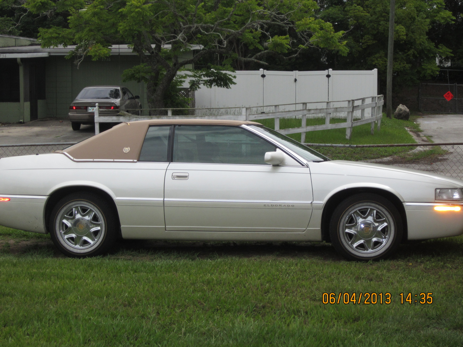 2001 Cadillac Deville Pictures C1484 pi36080069 in addition 2005 Cadillac Cts Alternator Diagram as well 2000 Cadillac DeVille Pictures C1488 pi18201315 likewise 2006 Cadillac SRX Pictures C1454 also 1997 Cadillac Eldorado Pictures C1503. on cadillac xlr problems