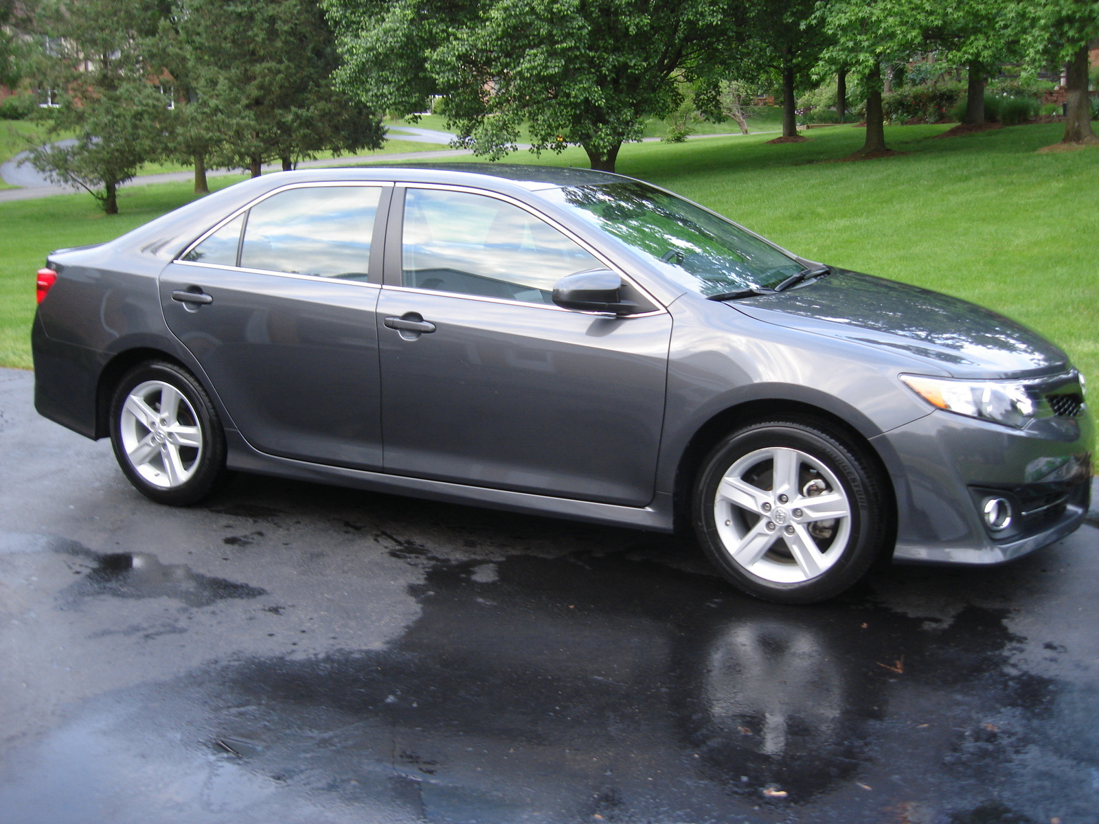 2012 toyota camry exterior pictures cargurus. Black Bedroom Furniture Sets. Home Design Ideas