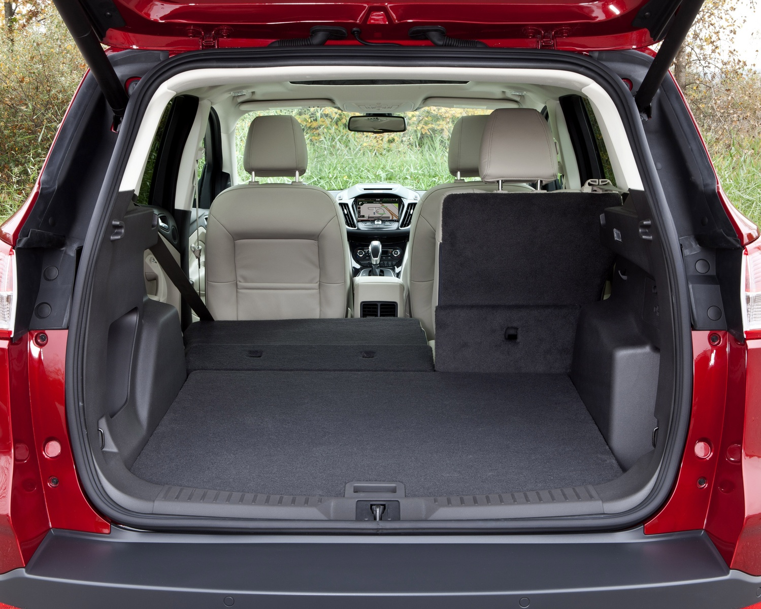 2013 Ford Escape, Rear cargo area, interior, form_and_function