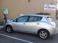 2011 Nissan Leaf SL, Hal 2011 in Seal Beach., exterior
