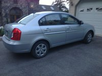 Picture of 2009 Hyundai Accent GLS Sedan FWD, exterior, gallery_worthy