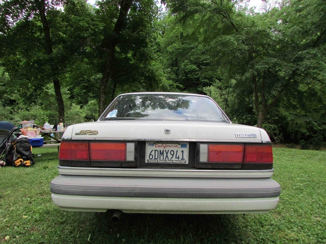 Picture of 1988 Mazda 929