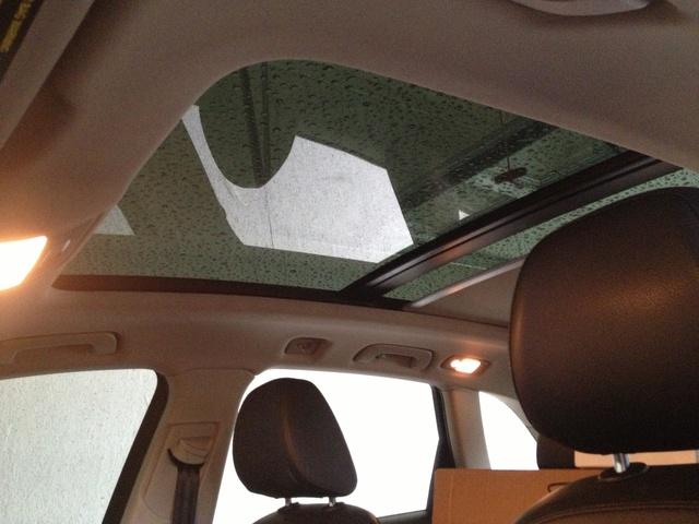 Picture of 2012 Audi Q5 2.0T quattro Premium Plus AWD, interior, gallery_worthy