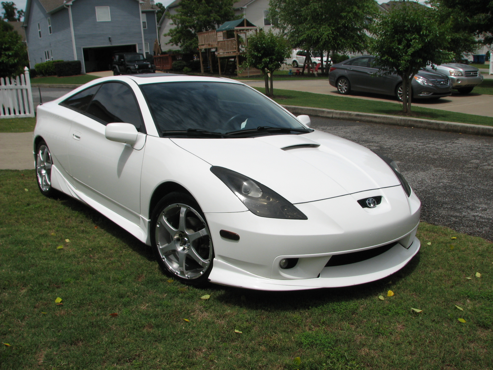 2003 toyota celica pictures cargurus. Black Bedroom Furniture Sets. Home Design Ideas