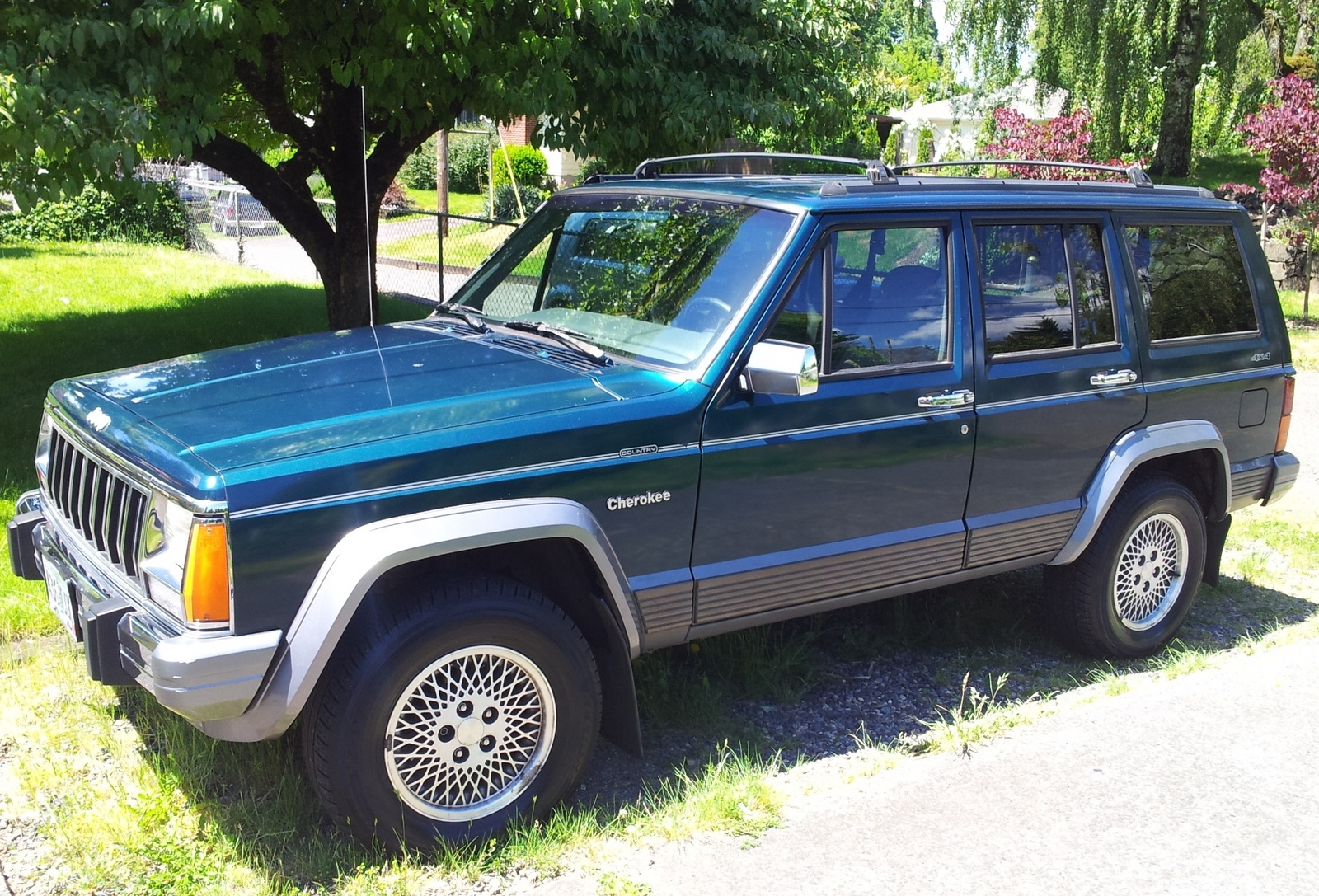 1996 jeep cherokee exterior pictures cargurus. Black Bedroom Furniture Sets. Home Design Ideas
