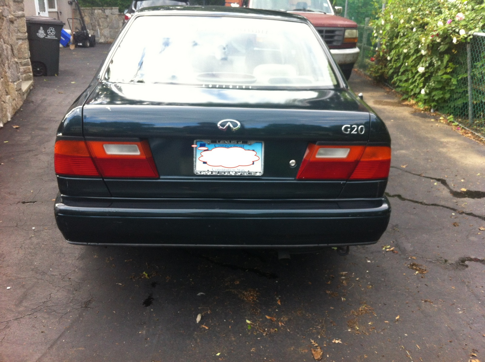 Picture of 1995 Infiniti G20 4 Dr STD Sedan