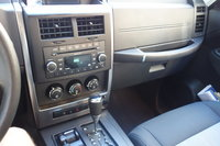 Picture of 2009 Jeep Liberty Limited 4WD, interior