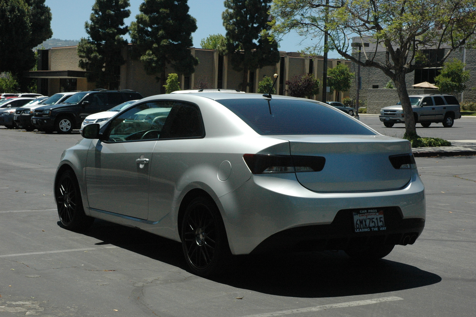 picture of 2010 kia forte koup sx exterior. Black Bedroom Furniture Sets. Home Design Ideas