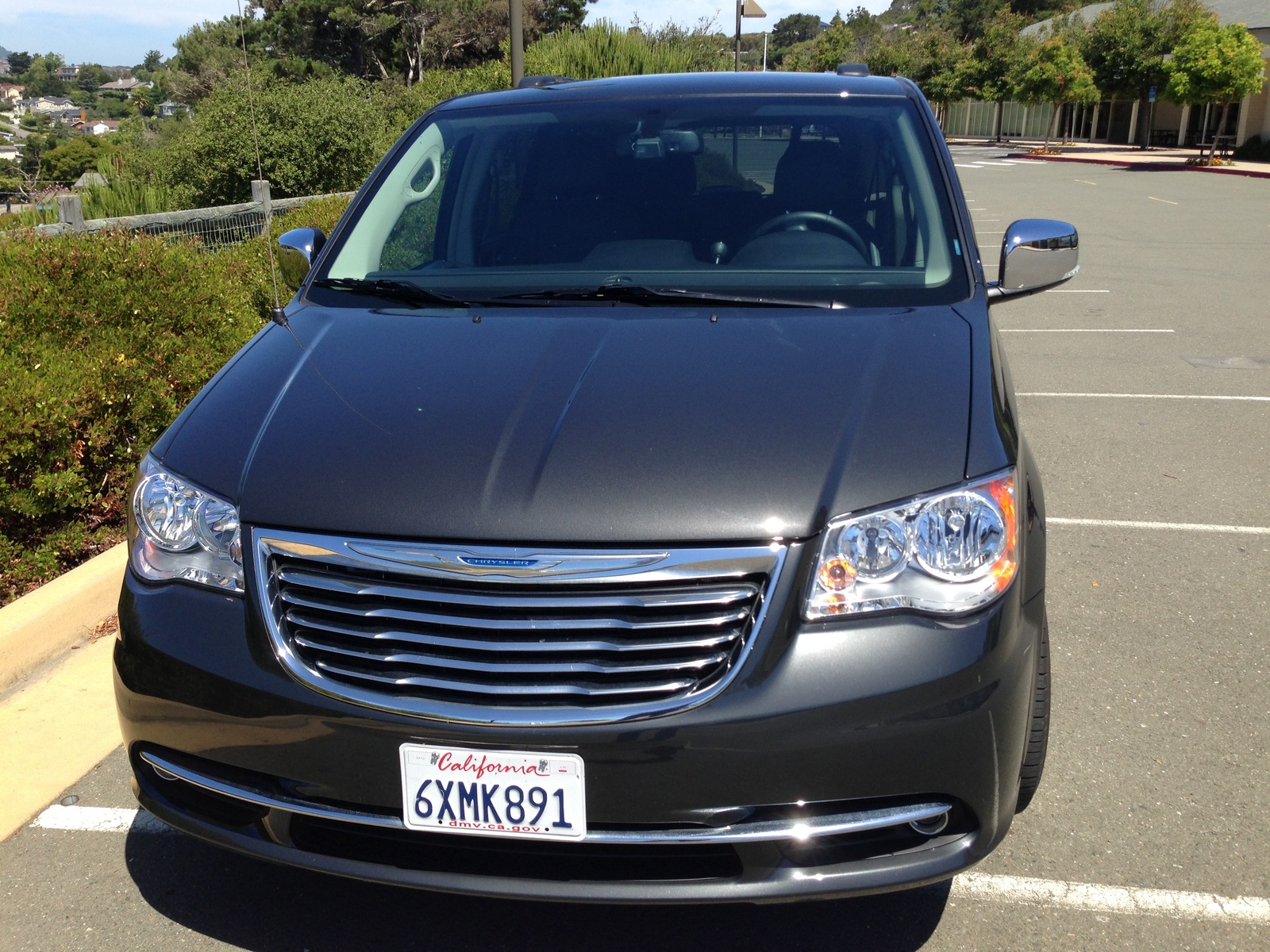 picture of 2012 chrysler town country touring l exterior. Cars Review. Best American Auto & Cars Review