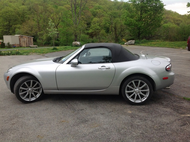 2006 mazda mx 5 miata pictures cargurus. Black Bedroom Furniture Sets. Home Design Ideas