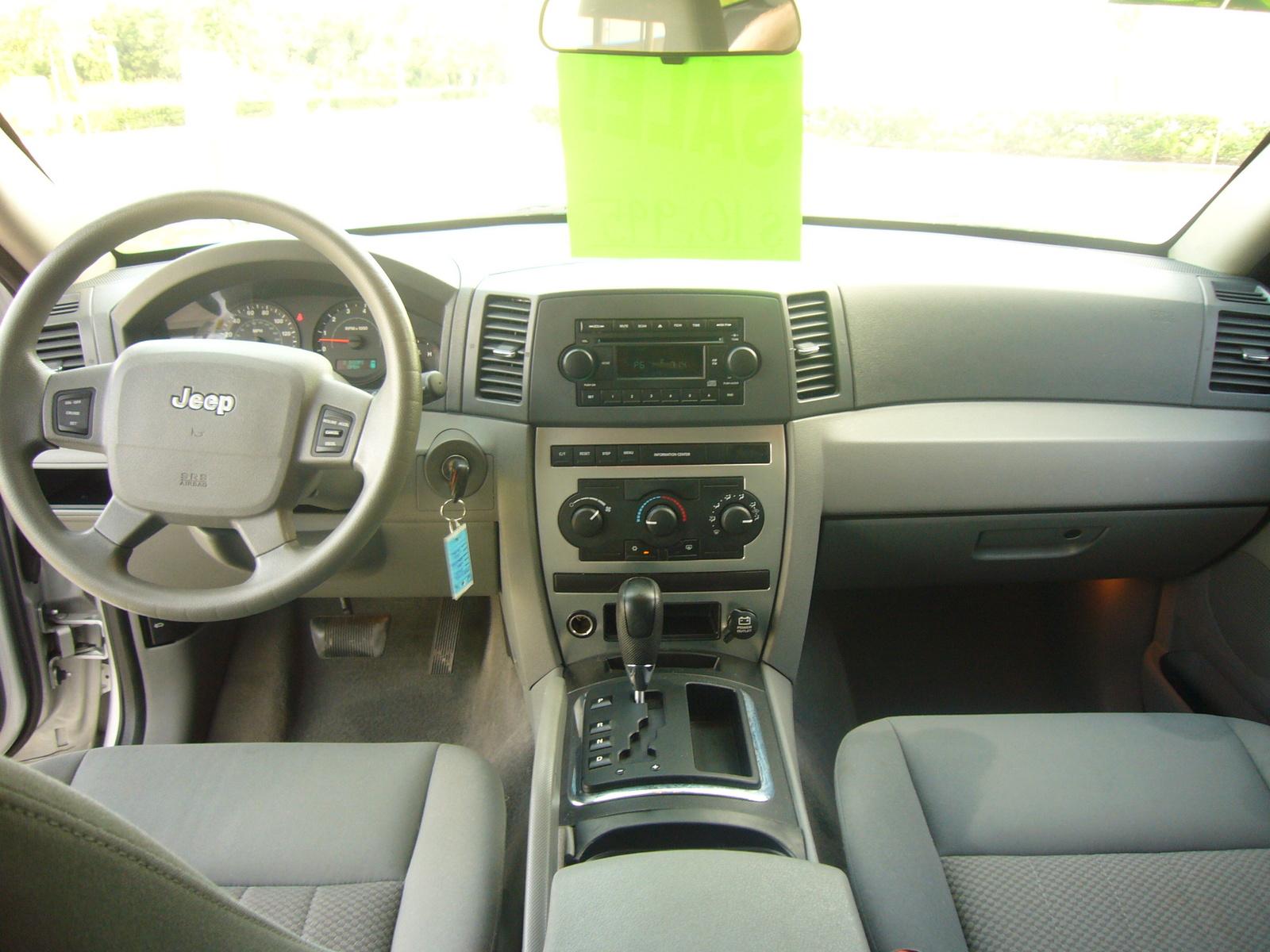 2005 jeep grand cherokee interior pictures cargurus - 2005 jeep grand cherokee laredo interior ...