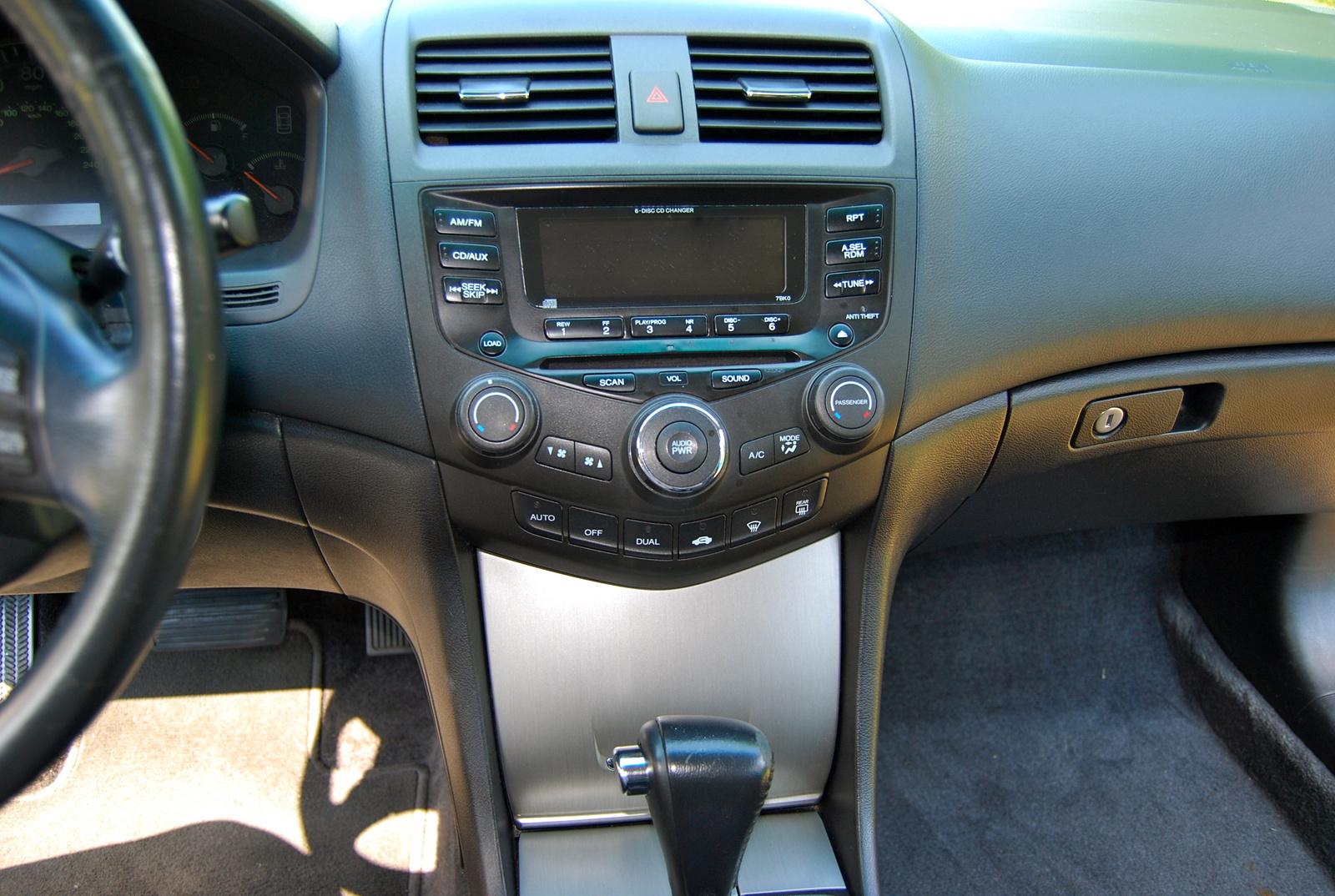 1999 Honda Civic Lx >> 2003 Honda Accord - Interior Pictures - CarGurus