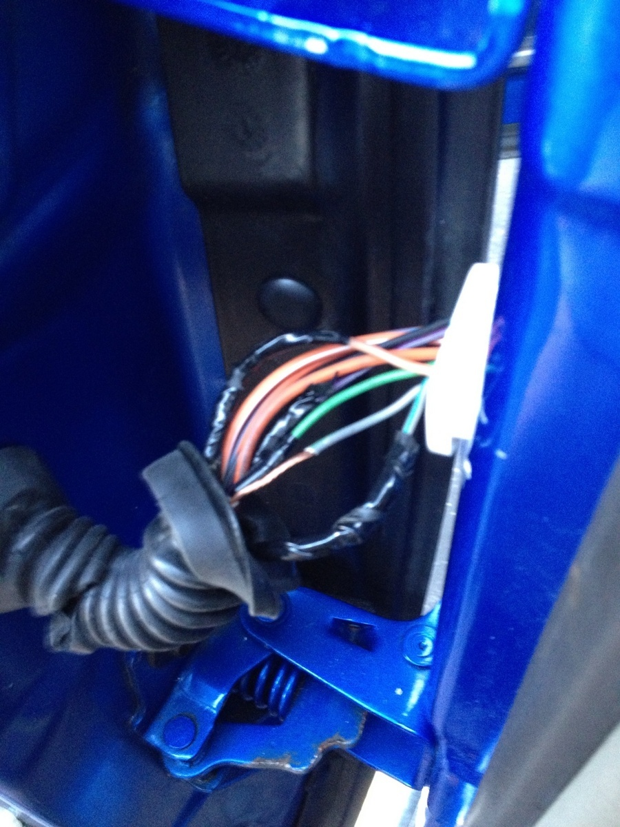 Dodge Ram 1500 Questions Radio Front Speakers Cut Out And Return 2001 Dakota Speaker Wiring Here Is A Picture Hope It Helps