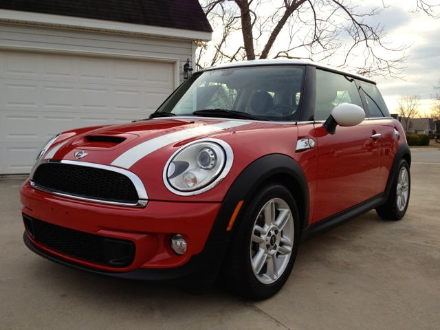 used mini cooper for sale autos post. Black Bedroom Furniture Sets. Home Design Ideas