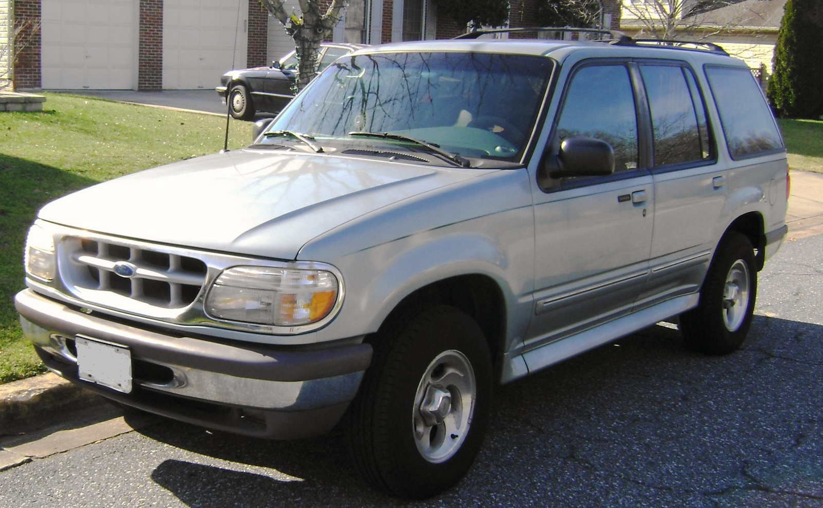 Picture of 1996 ford explorer 4 dr xlt 4wd suv exterior