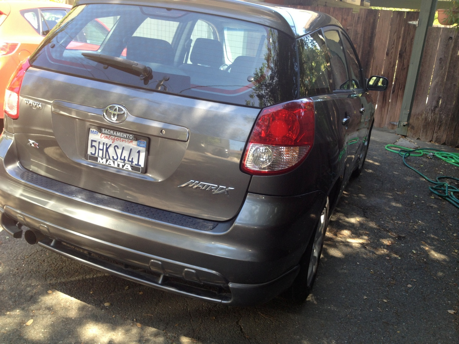 Picture of 2004 toyota matrix 4 dr xr wagon exterior