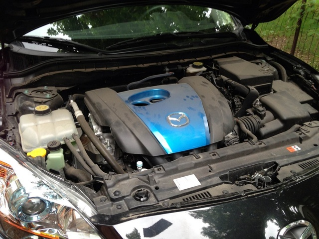 Picture of 2012 Mazda MAZDA3 i Touring Hatchback, engine