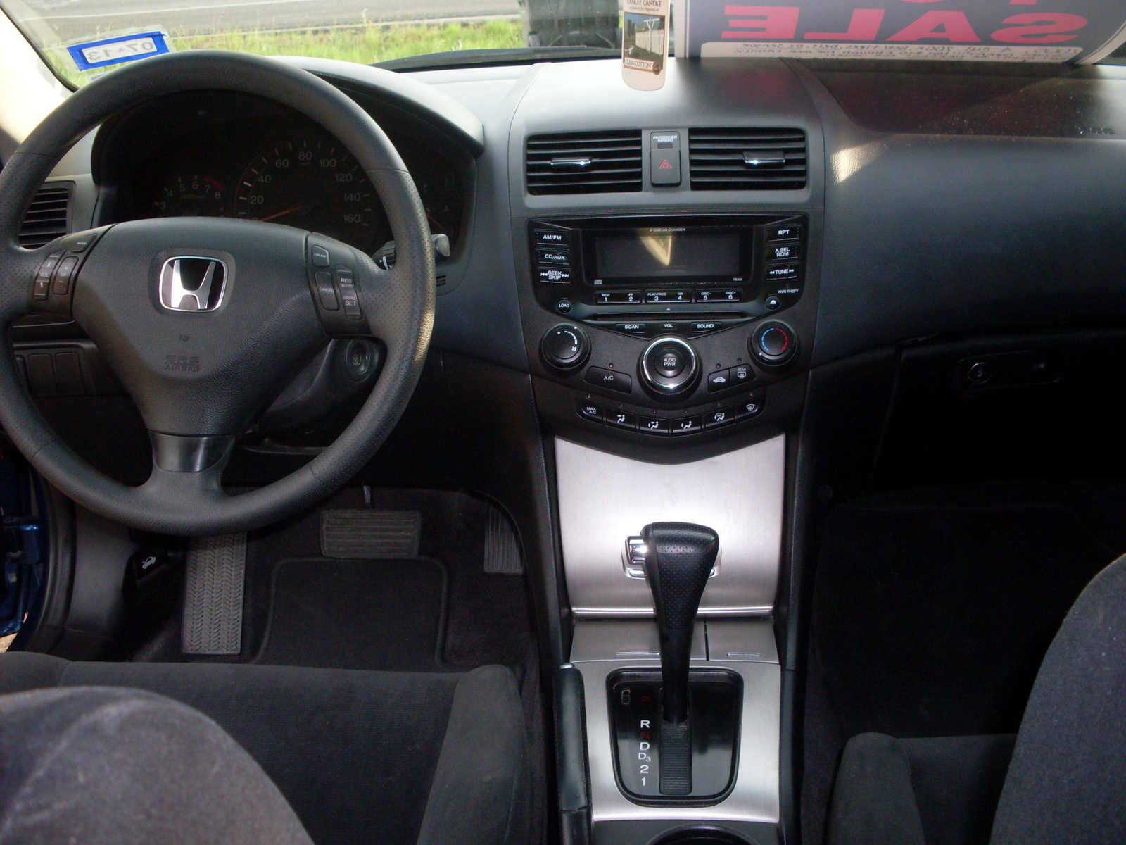 2007 honda accord coupe interior pictures cargurus. Black Bedroom Furniture Sets. Home Design Ideas