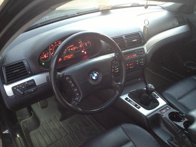 2004 BMW 325Xi >> 2004 BMW 3 Series - Interior Pictures - CarGurus