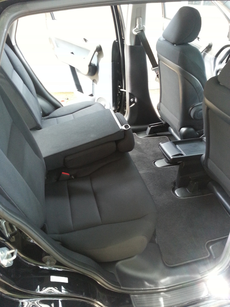 Picture of 2011 Honda CR-V LX AWD, interior