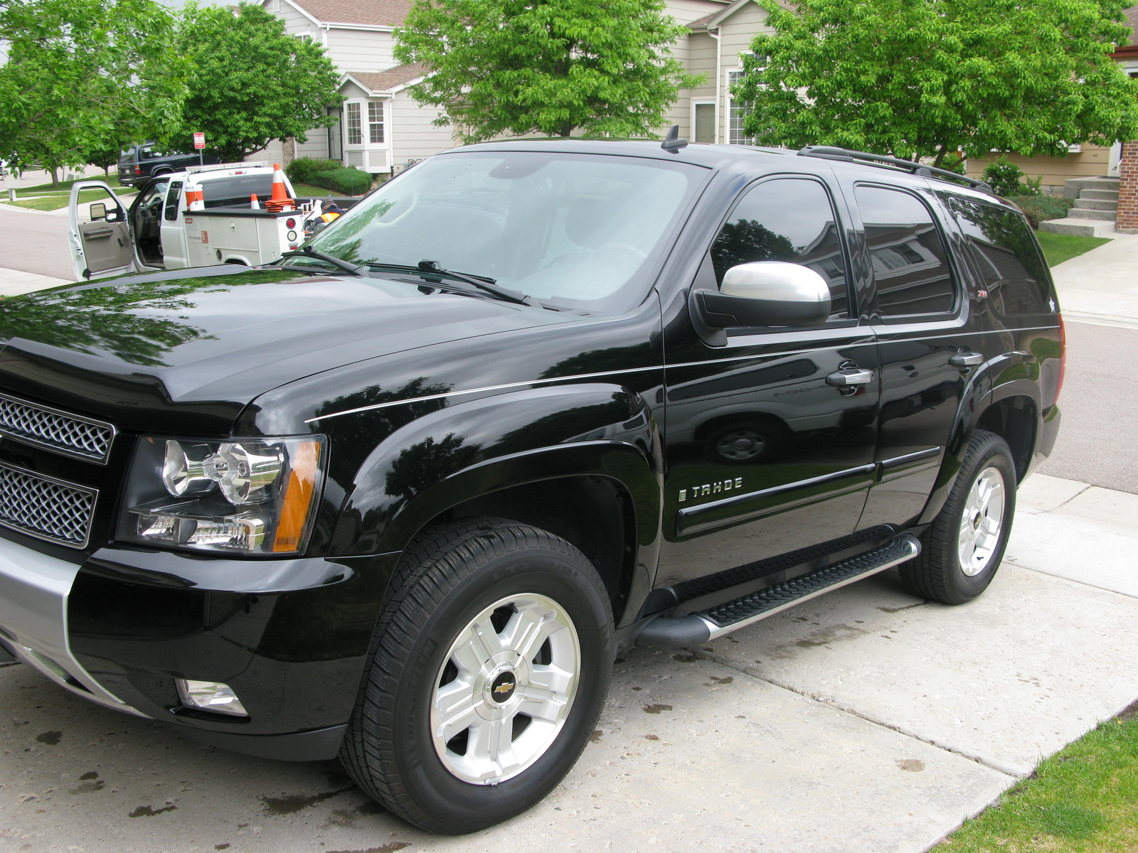 2008 chevrolet tahoe pictures cargurus. Black Bedroom Furniture Sets. Home Design Ideas