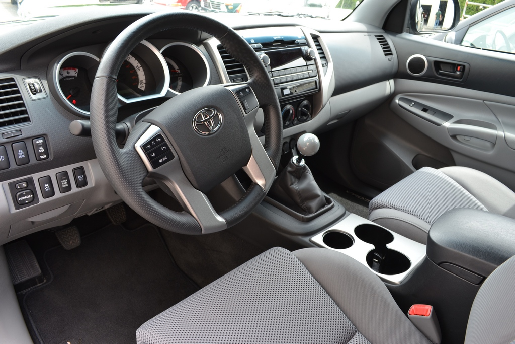 2012 toyota tacoma pictures cargurus. Black Bedroom Furniture Sets. Home Design Ideas
