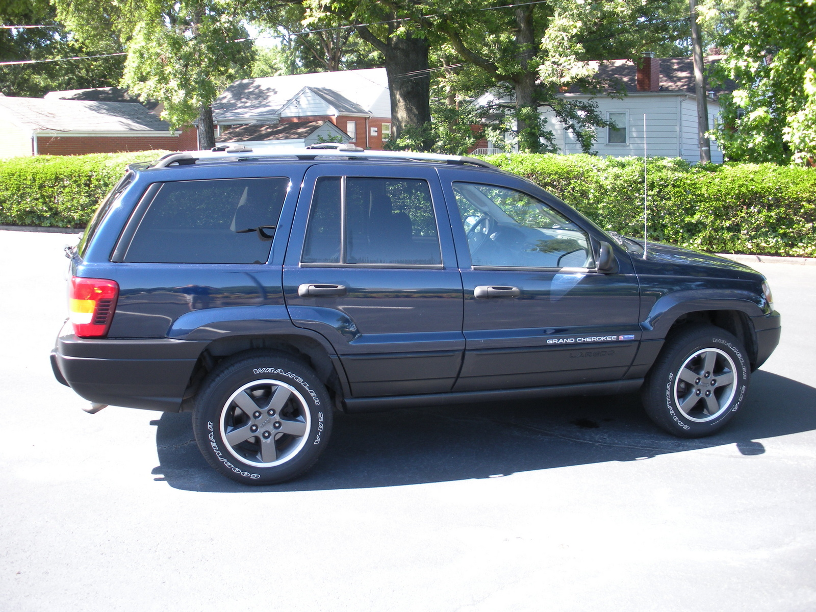 picture of 2004 jeep grand cherokee freedom edition 4wd exterior. Cars Review. Best American Auto & Cars Review