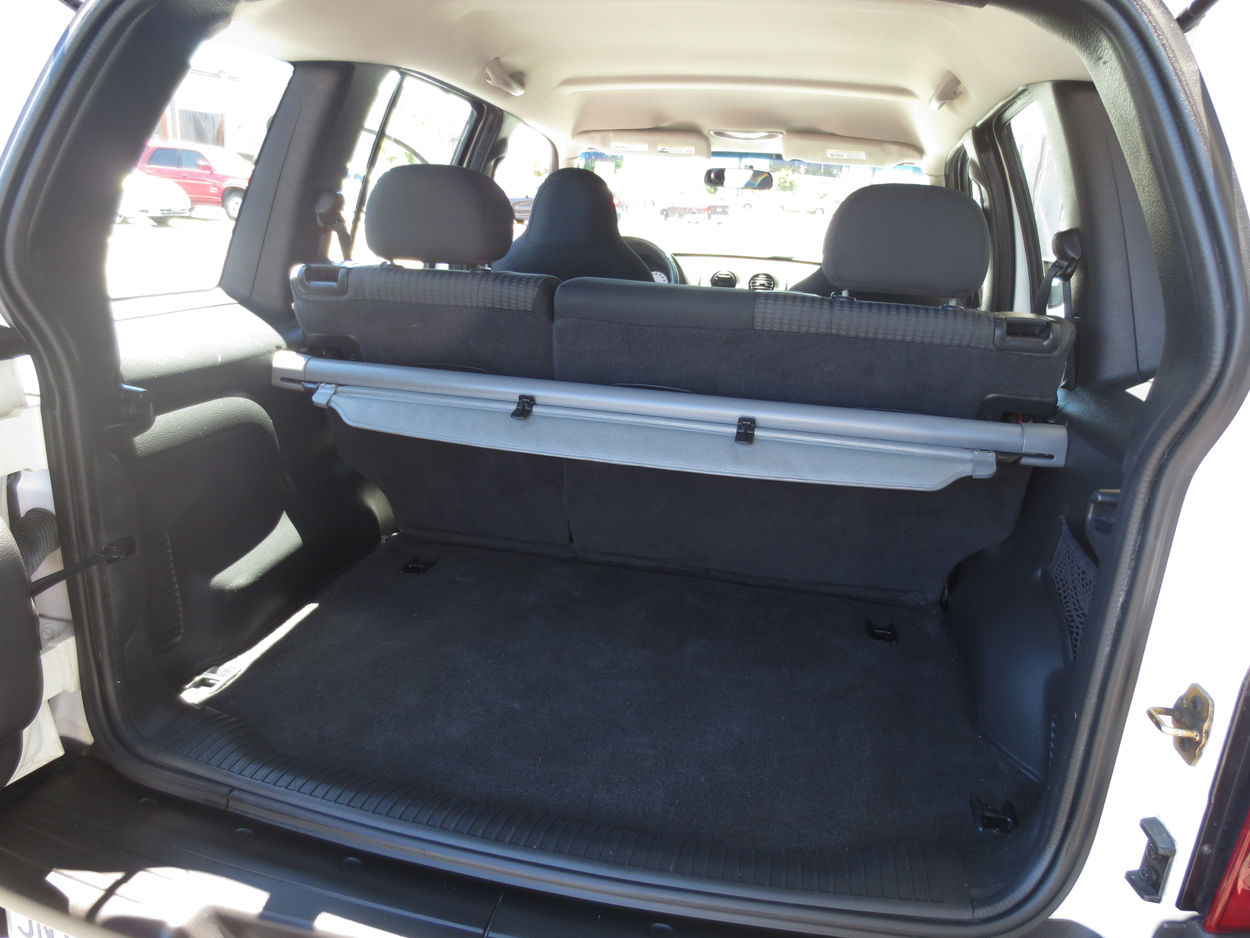 2004 jeep liberty limited interior pictures to pin on