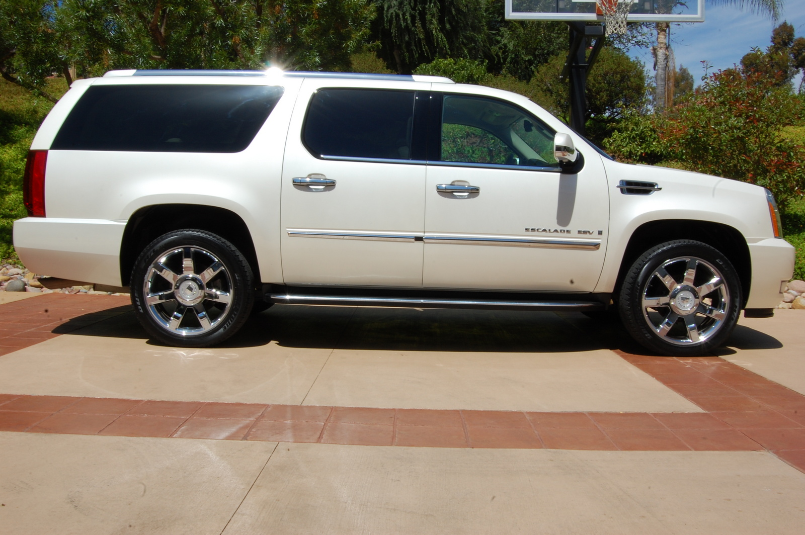 2007 cadillac escalade esv exterior pictures cargurus. Cars Review. Best American Auto & Cars Review