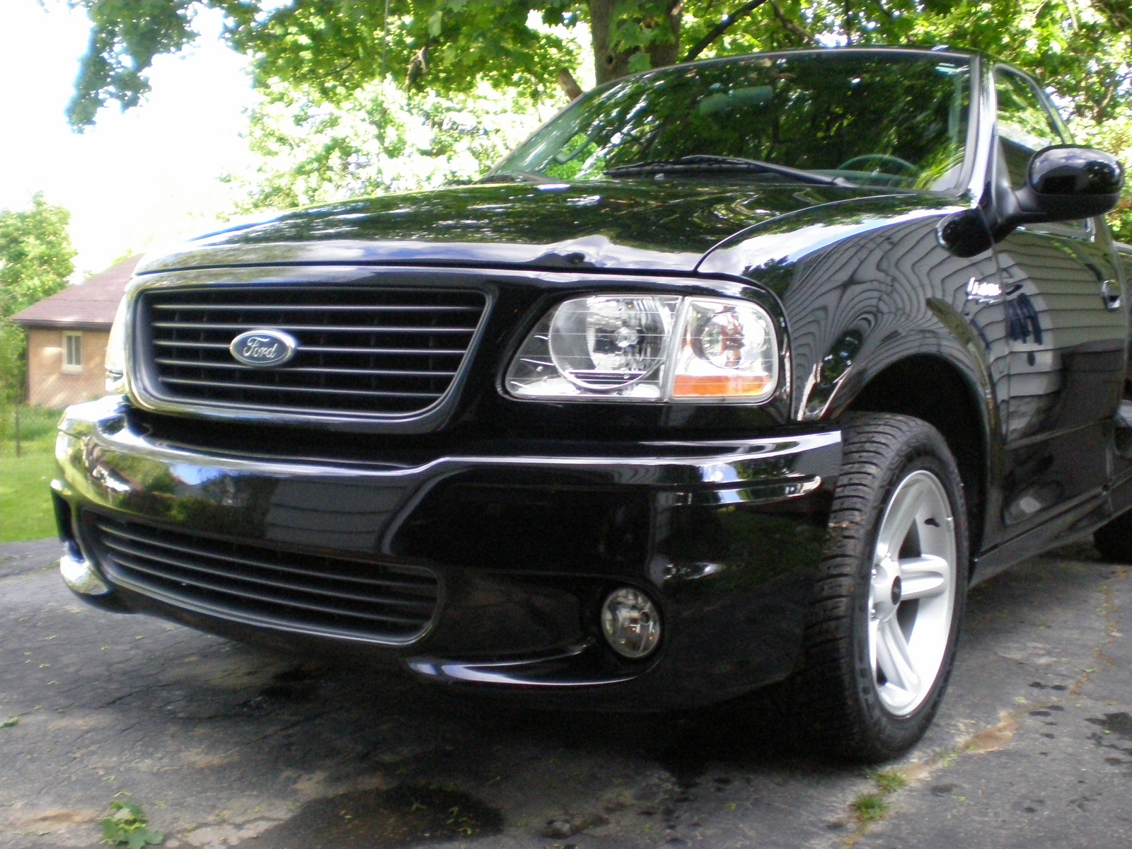picture of 2003 ford f 150 svt lightning 2 dr supercharged standard