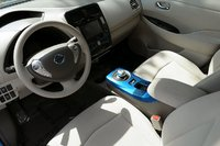 Picture of 2011 Nissan Leaf SL, interior