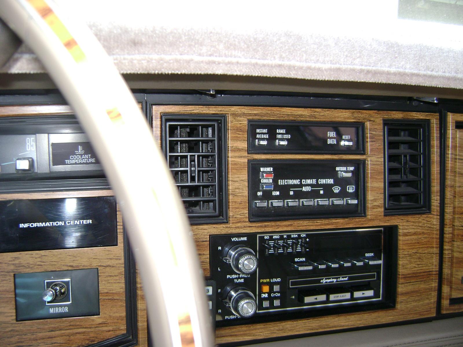 Cadillac Eldorado Base Coupe Pic