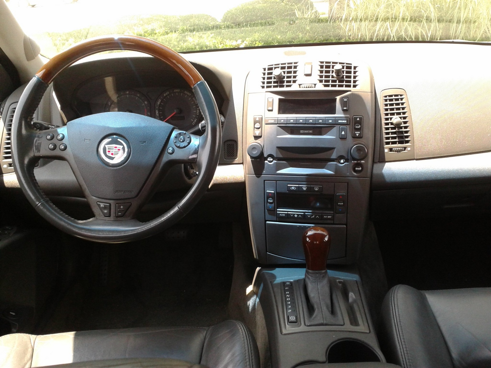 2016 Cadillac Escalade Interior >> 2003 Cadillac CTS - Interior Pictures - CarGurus